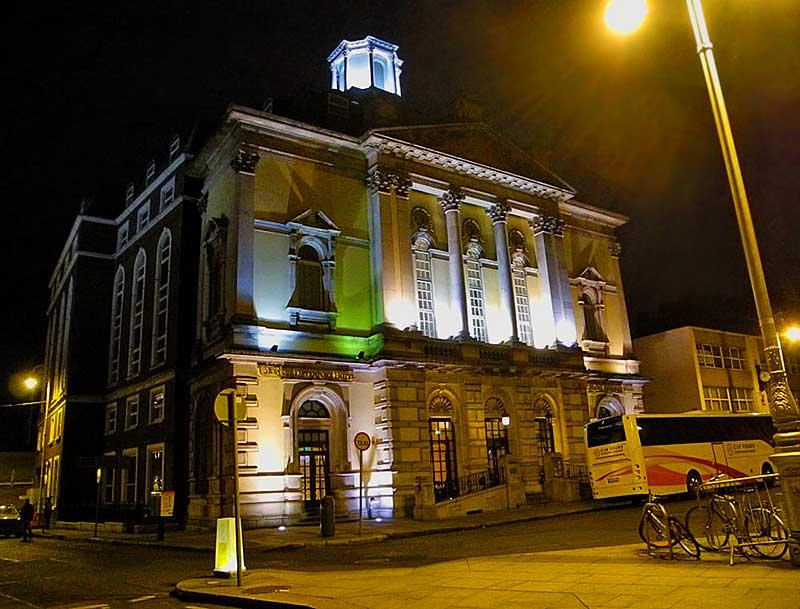 Davenport Hotel Dublin bei Nacht