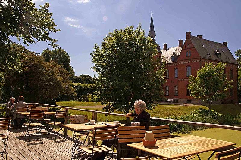 Herrensitz Skovsgaard mit angeschlossenem Cafe