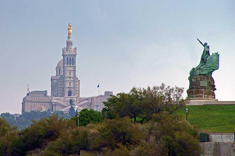 """Weithin sichtbar: """"Notre Dame de la Garde"""" Wahrzeichen von Marseille"""
